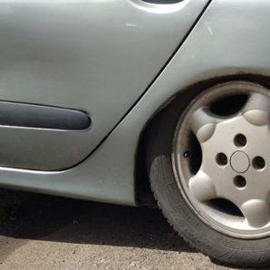 zníženie výšky automobilu